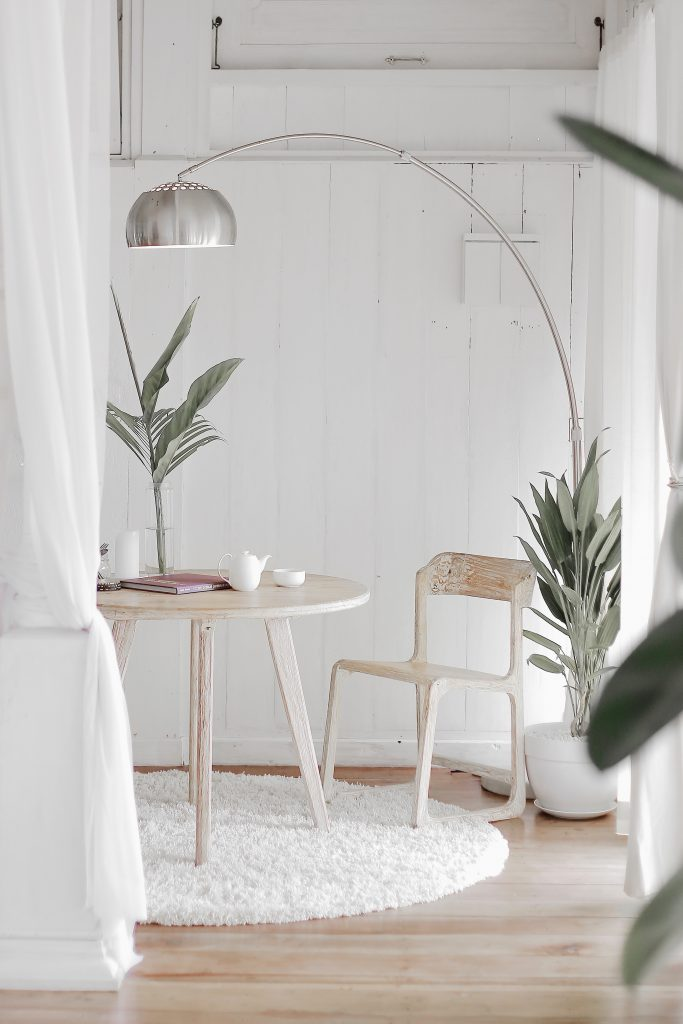 how to create the perfect white room