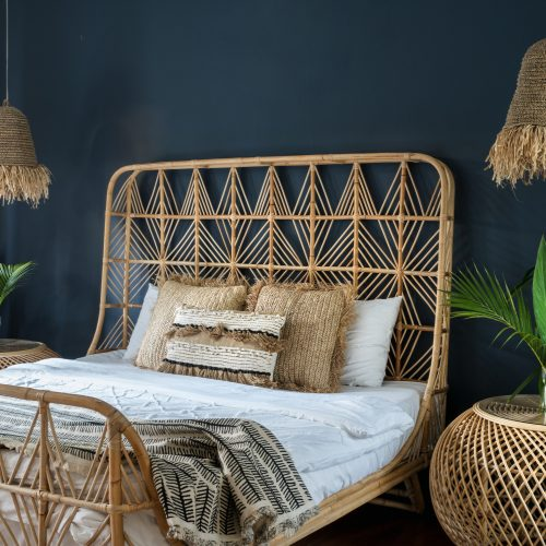 The Bohemian style perfectly lends itself to natural materials and large leafy house plants.